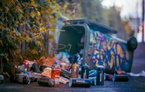 Przeniesienie odpowiedzialności za odpady – co to jest i komu się przyda?