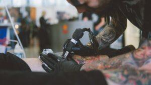 Czy masz prawo do swojego tatuażu?